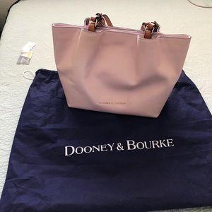 Dooney & bourke flynn blush handbag